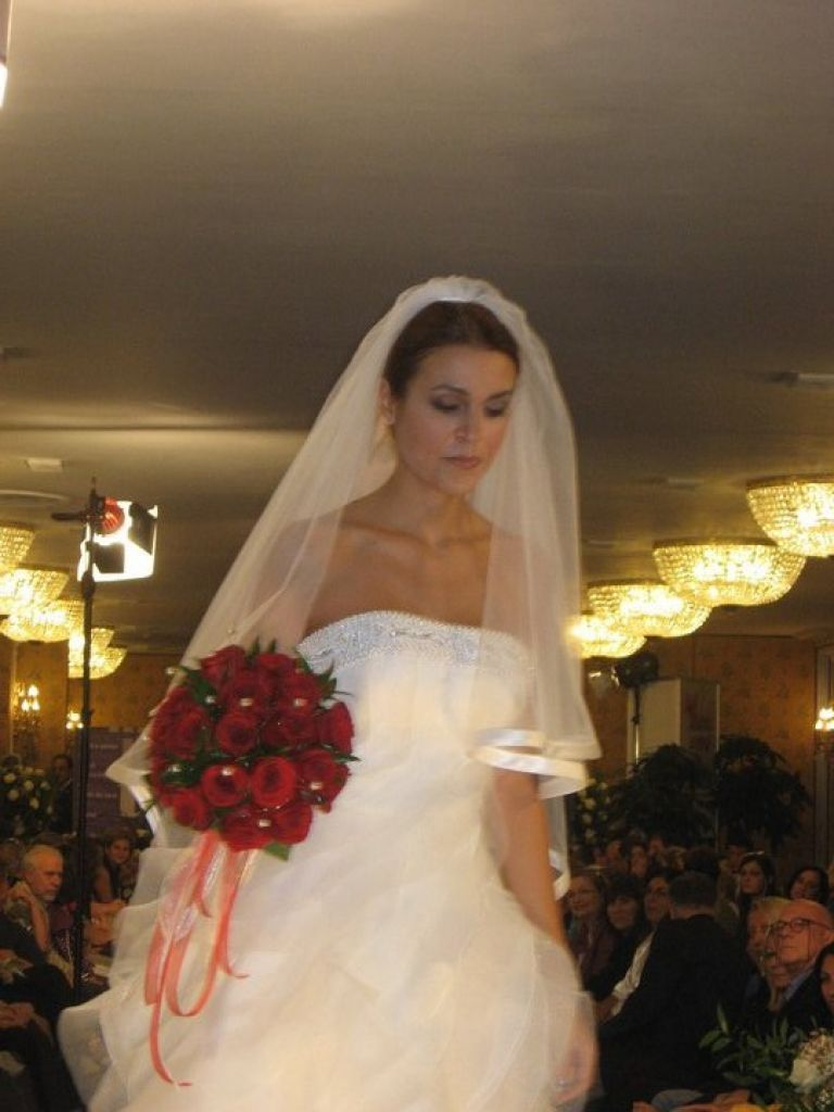 Sposa Con Bouquet.Trucco Sposa Con Bouquet Rosso Stefyg78