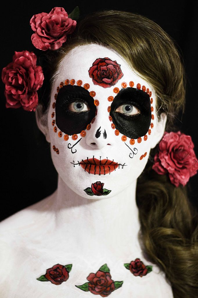 Face painting mexican skull